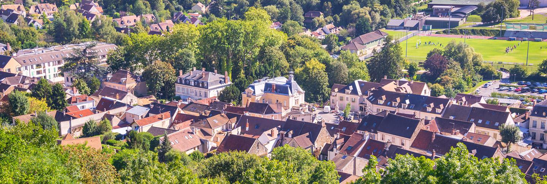 Vue aérienne de la résidence Sainte-Camille à Margency dans le Val d'Oise (95580)