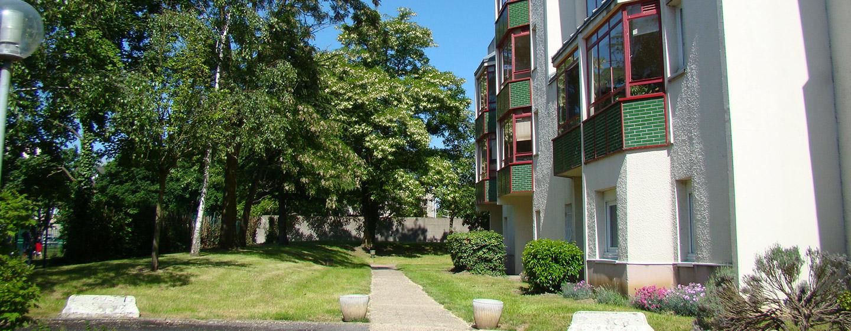 Jardin de la maison de retraite E.Dobler à Soisy-Sous-Montmorency 95230